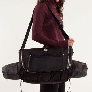 Rare Lululemon Yoga Moto Messenger Bag Black